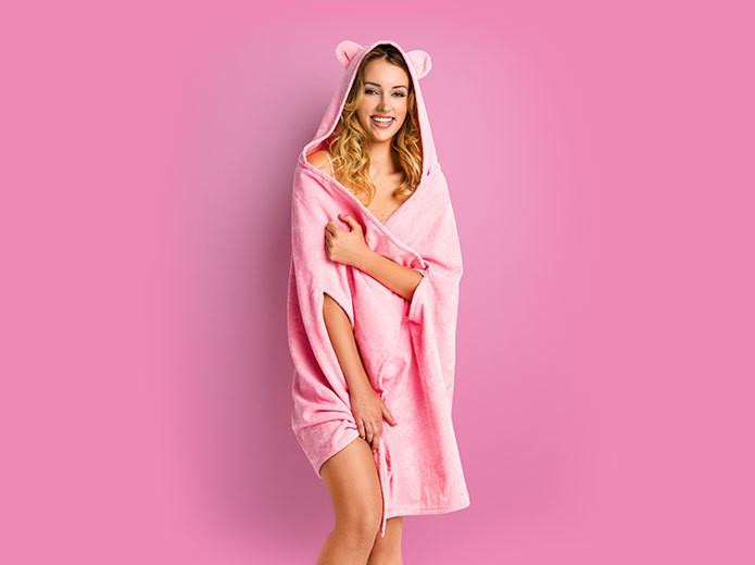 Modelka w różowym ręczniczku