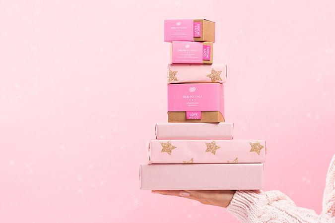 Kosmetyki do pielęgnacji ciała i twarzy wśród prezentów